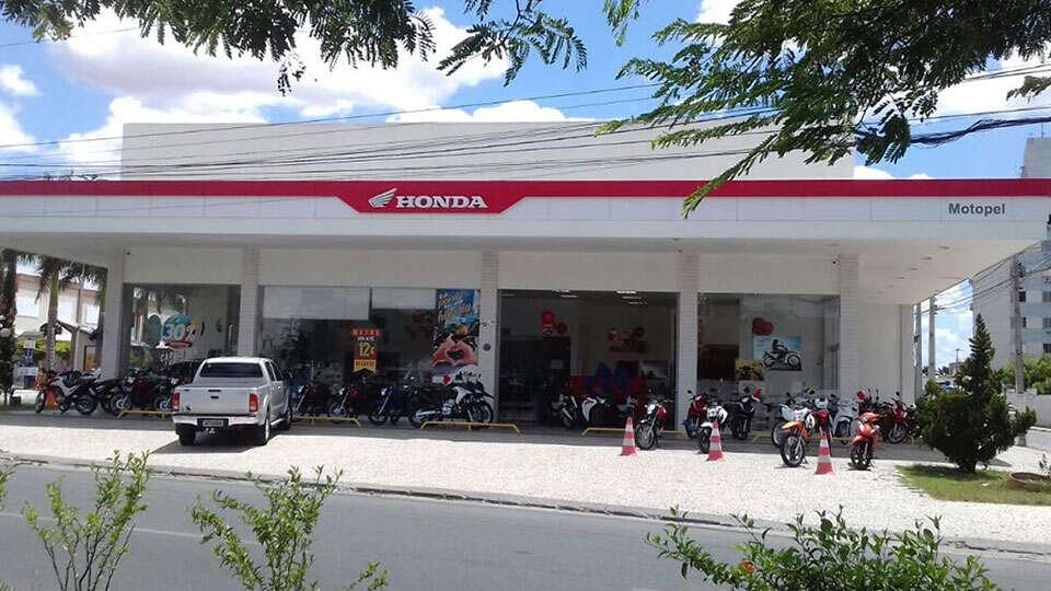 Loja Concessionária Motopel Honda Feira de Santana Fraga Maia